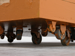 Small jbe sc123 rolling platform  cube  detail